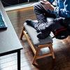 マルチスツール(オットマン・足置き台・あぐら対応・テレワーク・膝上テーブル・ローテーブル・フットレスト・肘置)