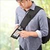 ガジェットバッグ(A4収納・ボディバッグ・iPhone・iPad収納&操作対応)